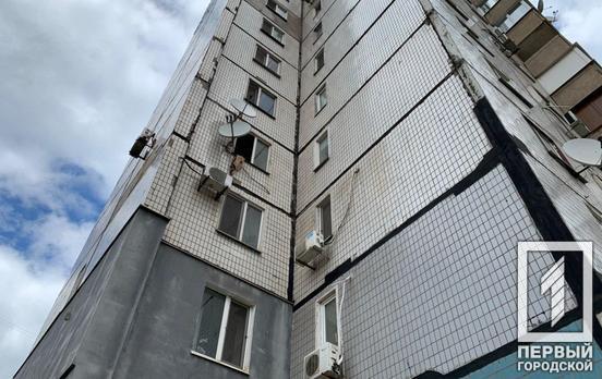 В Кривом Роге мужчина сорвался с четвёртого этажа, спускаясь по простыням