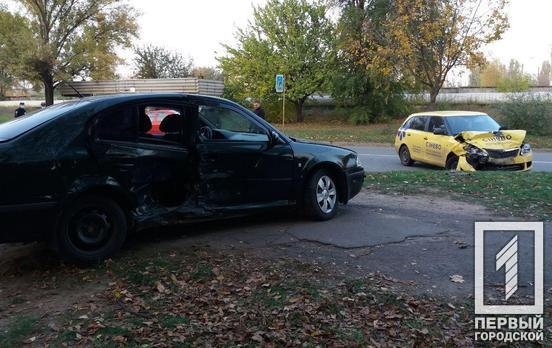 В Кривом Роге в аварию попала машина медицинской лаборатории