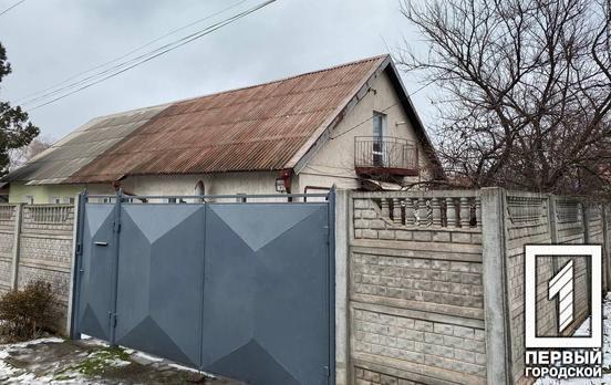 В одном из частных домов в Кривом Роге повесилась женщина